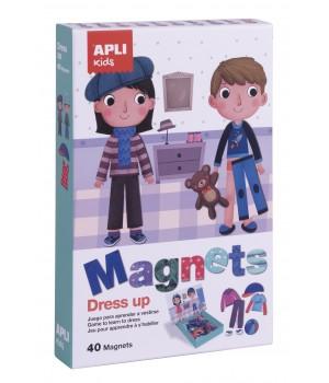 Obliekanie - magnetická hra
