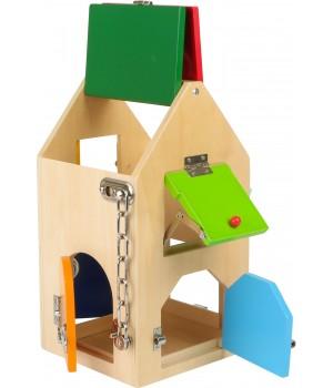 Domček so zámkami